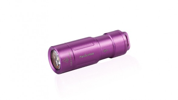 Nabíjecí baterka Fenix UC02 - fialová
