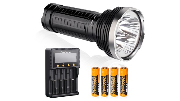 LED svítilna Fenix TK75 4xCree XM-L2 + nabíjecí sada 2600 mAh